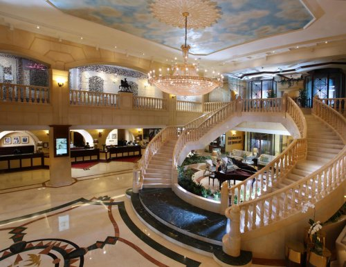Carlton Palace, Dubai